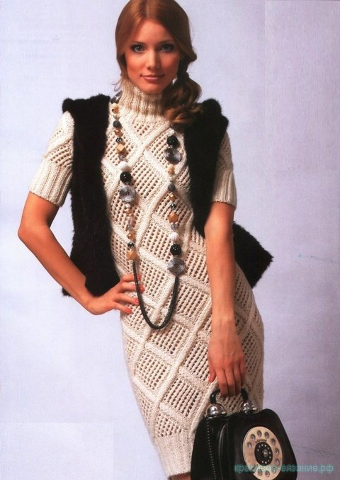 Платье с ромбами из ажурной сетки