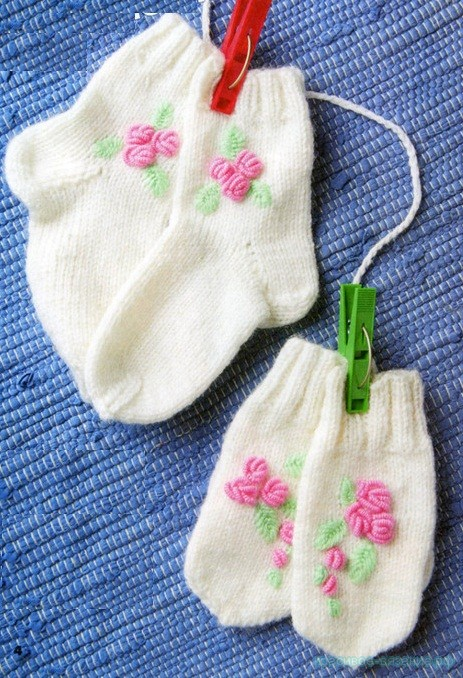 Варежки и носочки спицами