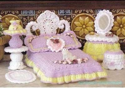 Спальня для куклы крючком
