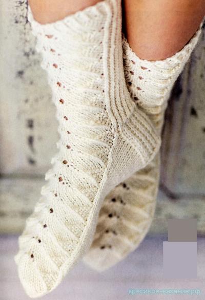 Ажурные носки спицами