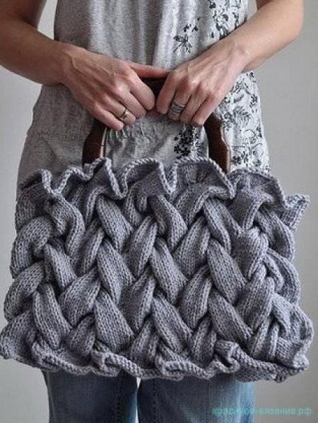 Сумочка с узором «Плетенка»