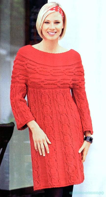Красное  платье с круглой кокеткой