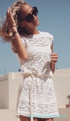 Шикарное платье в филейной технике.