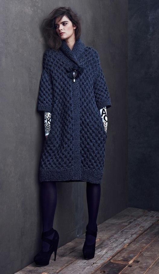 Стильное вязаное пальто